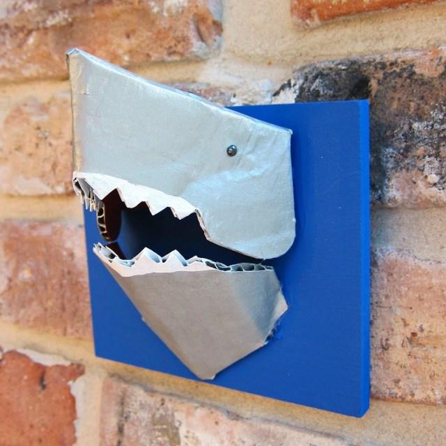 Shark-Jewelry-holder