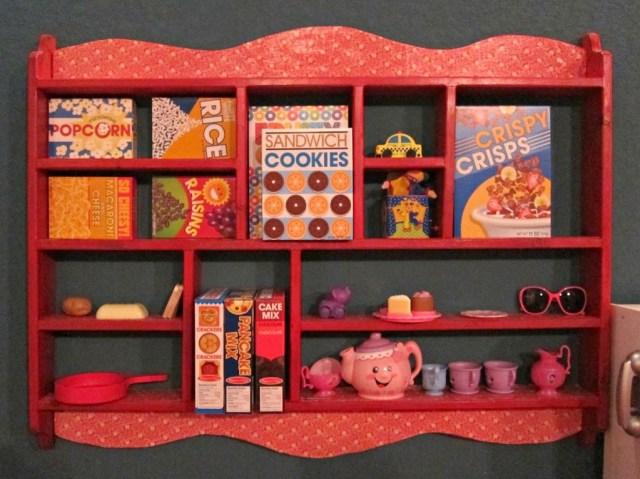 Goodwill-Shelf-Upcycle