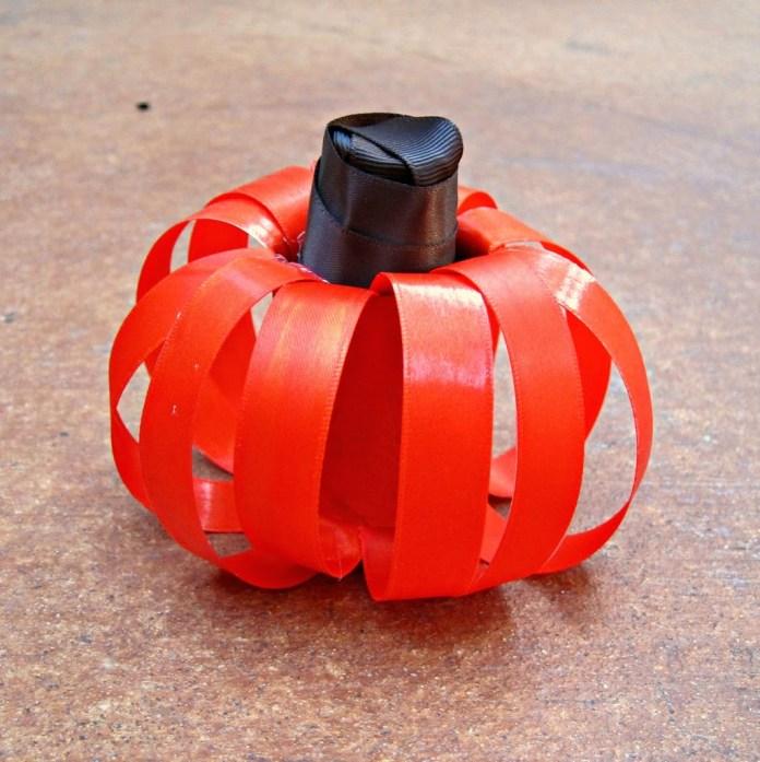 small-ribbon-pumpkin