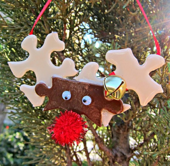 Turn old puzzles into an adorable reindeer puzzle piece ornament!