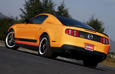 Ford_Mustang_Mach1