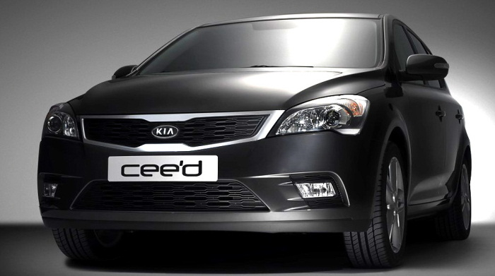 2010-kia-ceed-4