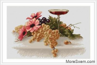 Цветы и виноград