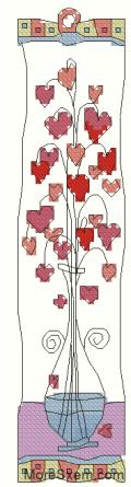 Сердца в стеклянной вазе