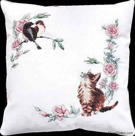 Подушка с котиком