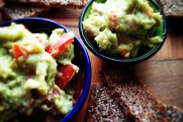 Quick & Easy Guacamole Recipe