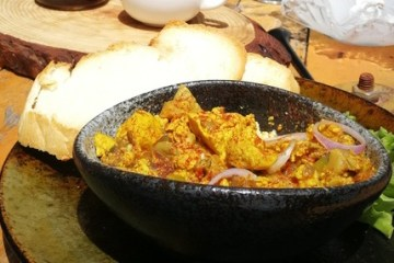 curry-tofu-scramble