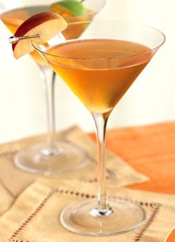The Gold Rush - with vodka, apple juice, Calvados(?), fresh lemon juice