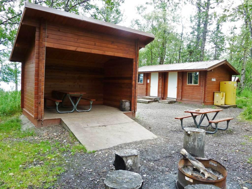 brooks camp katmai national park alaska