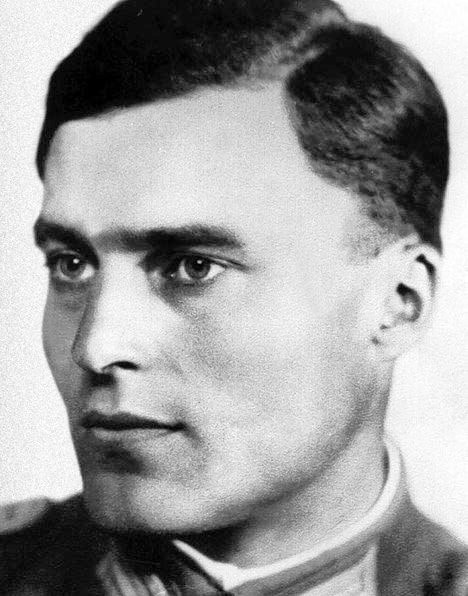 Claus von Stauffenberg's plot to kill Hitler made for a compelling story in Valkyrie    National Parks In Movies