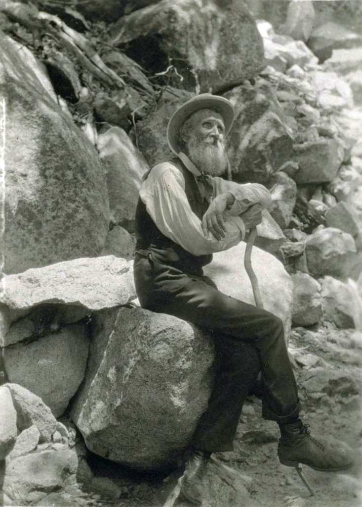 John Muir came to Kings Canyon in 1871   General Grant Tree