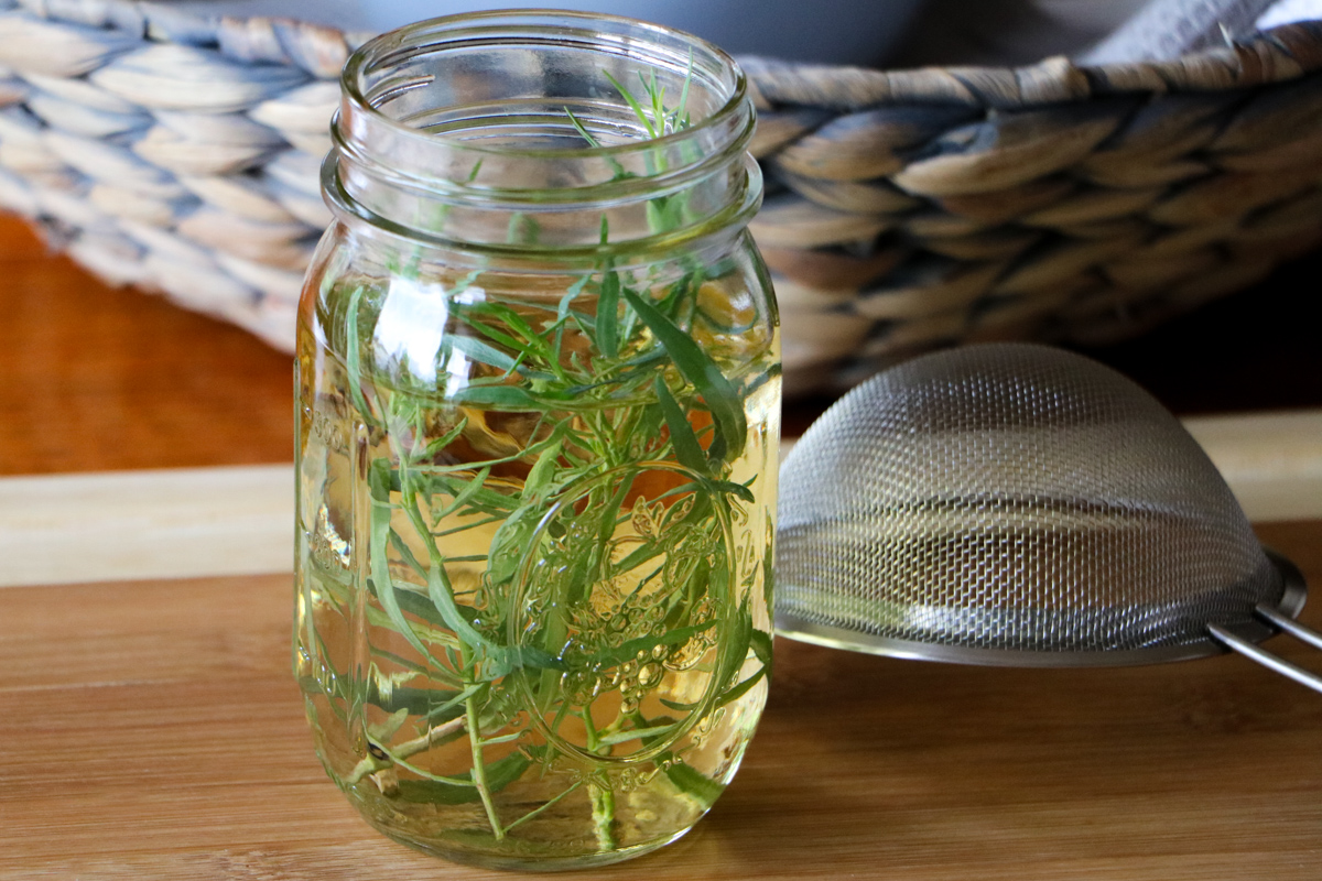 French_Tarragon_Vinegar