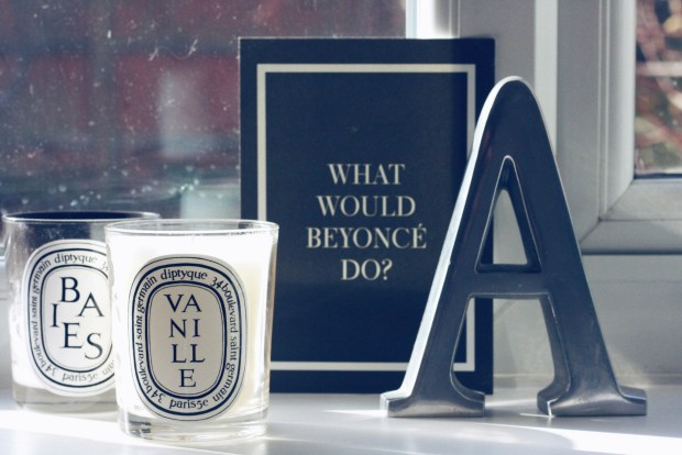 scented candles - Diptyque