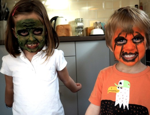 Snazaroo Face Paints