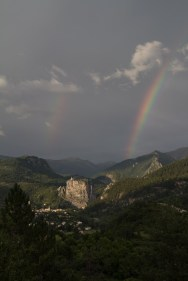 Arc-en-ciel double sur Castellane