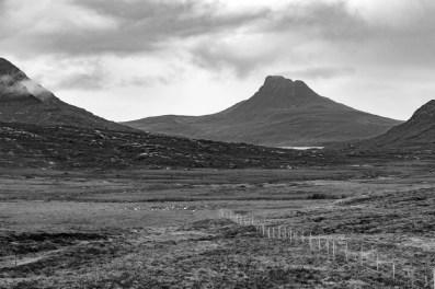 Le Stac Pollaidh au fond des Highlands