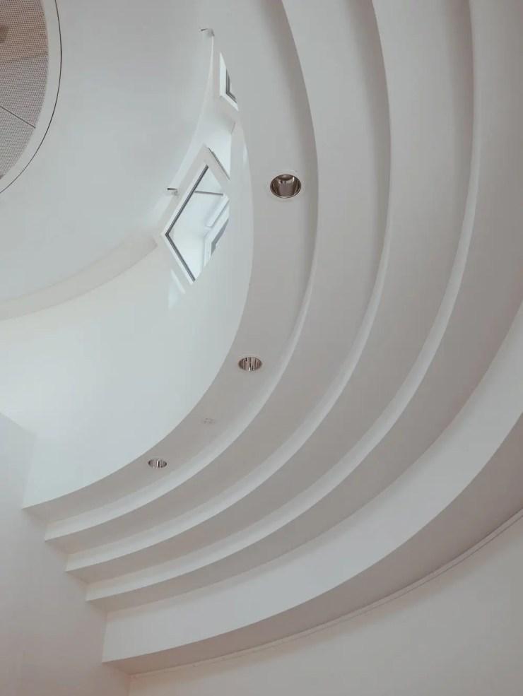 Einstein Hotel - details