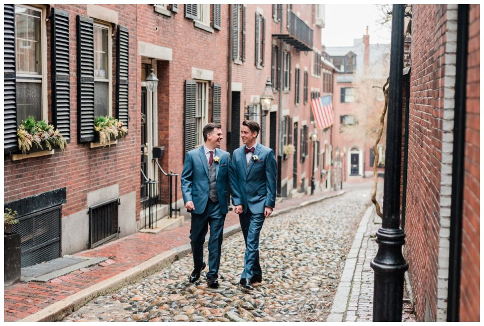 wedding portraits on acorn street in beacon hill boston