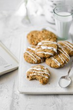 These healthy Paleo Carrot Cake Scones are packed with collagen protein for the perfect healthy breakfast on the go! Naturally sweetened and full of healthy ingredients these bars are gluten and dairy free!