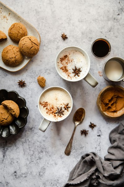 Healthy Gingerbread Lattes (Dairy-Free, Paleo)