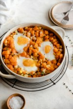 This paleo and whole-30 butternut egg bake is made with the best stuff: roasted butternut squash, carrots, and heart-healthy pastured eggs.