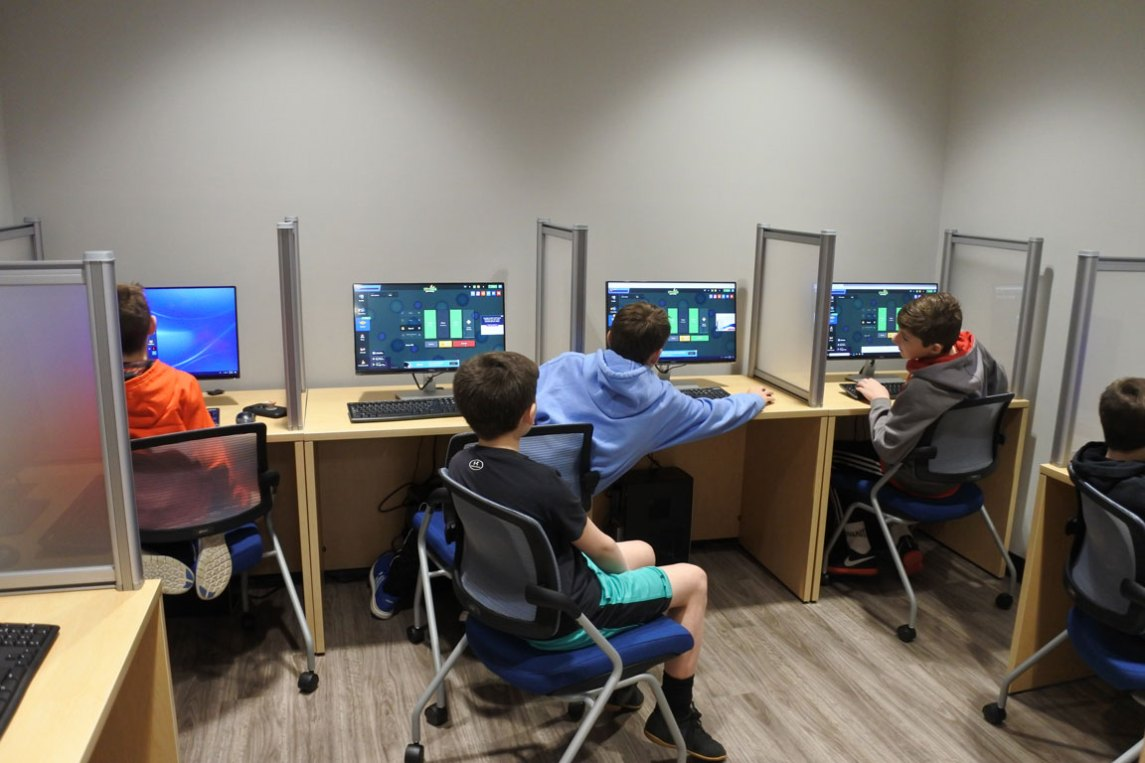 Recreation center computer lab