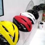 OGK KABUTO初のエアロロードヘルメット『AERO-R1』をインプレ 【サイクルモード2016】