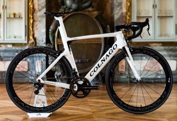 コルナゴ concept コンセプト エアロロードバイク
