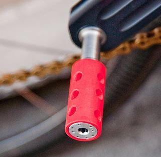 ペダル 世界最軽量のロードバイク完成車。