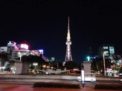 東京-大阪間550kmをロードバイクで走るキャノンボール完全ガイド! 四日市コンビナート テレビ塔