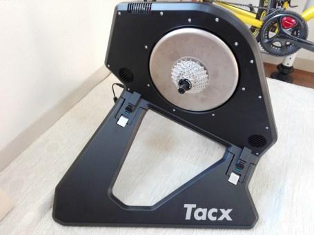 ダイレクトドライブ式ローラー頂上決戦。6社14種を徹底比較してみた。 tacx neo smart t2800