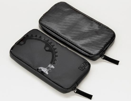 デザイン 質感 R250 VS GORIX。どちらのライドポーチが優れているのかを検証。