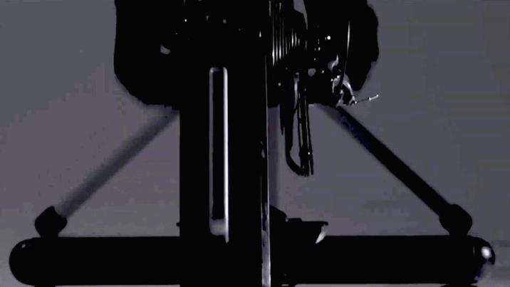 NEW神楽は左右揺れ導入か?ミノウラ『LSF9300』ダイレクトドライブローラー