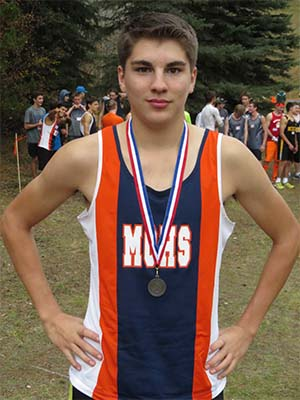 GRAHAM GLAUBITZ WITH MEDAL.jpg.compressed