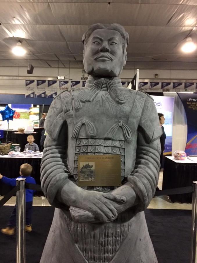 web-statue
