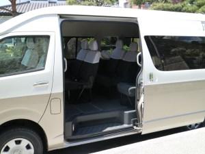 ジャンボタクシー車内