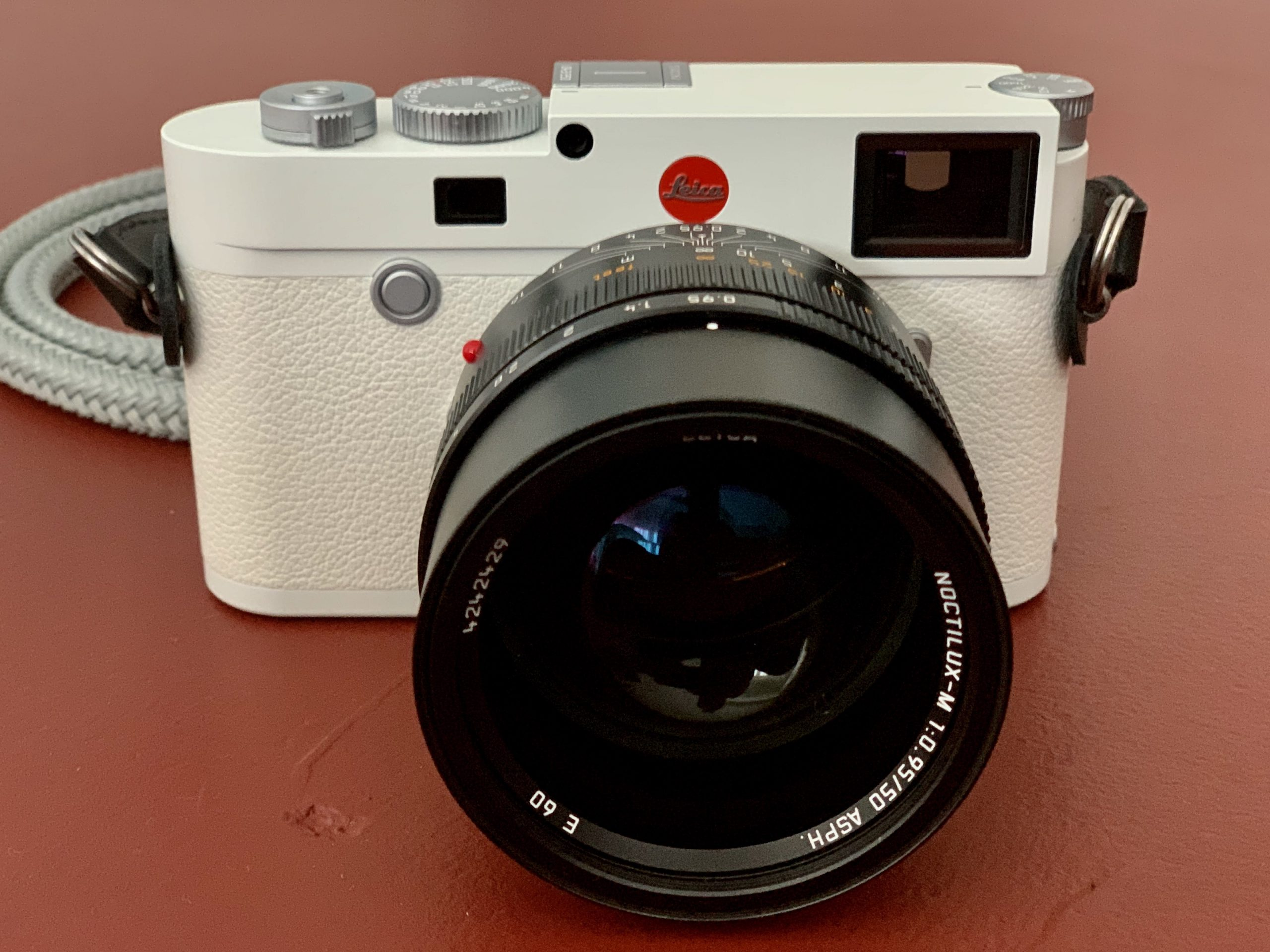 LEICA M10-P White Edition and LEICA NOCTILUX 50mm f/0.95 ASPH.