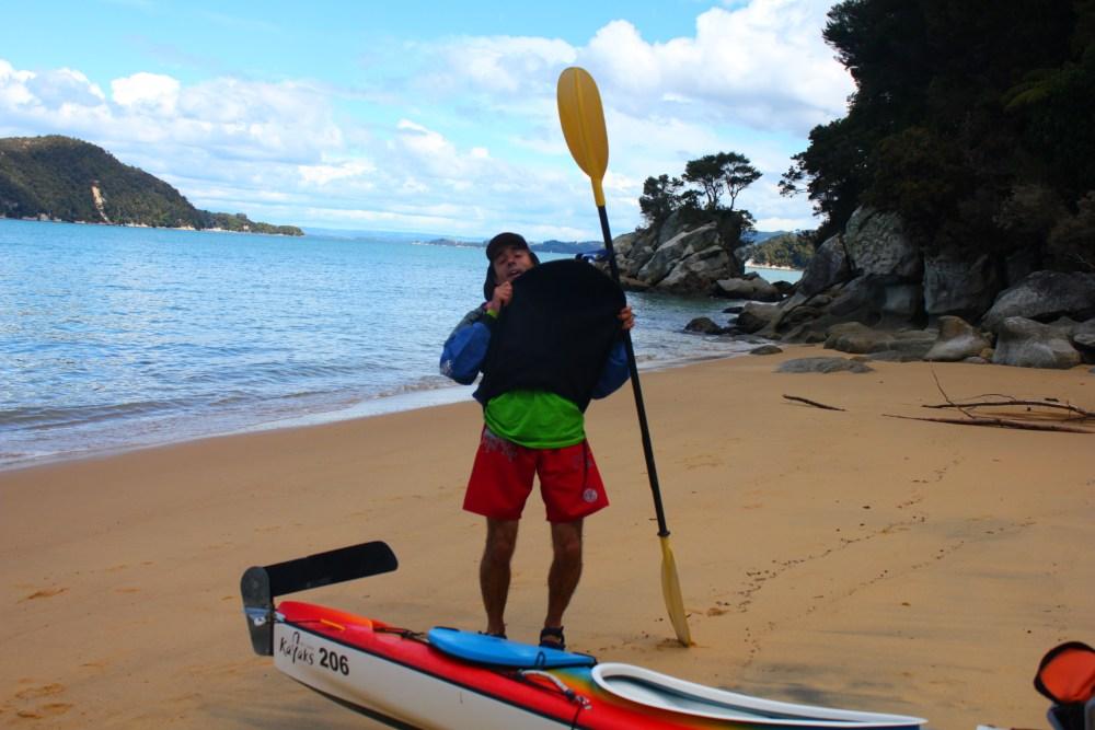 Día 10 Parque nacional de Abel Tasman, excursión en kayak! (4/6)