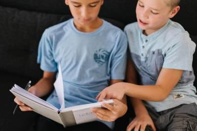 @helgalaingphoto Loom journals kickstarter LDS Mormon