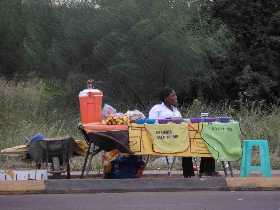 S H O P P I N G for mad i Botswana