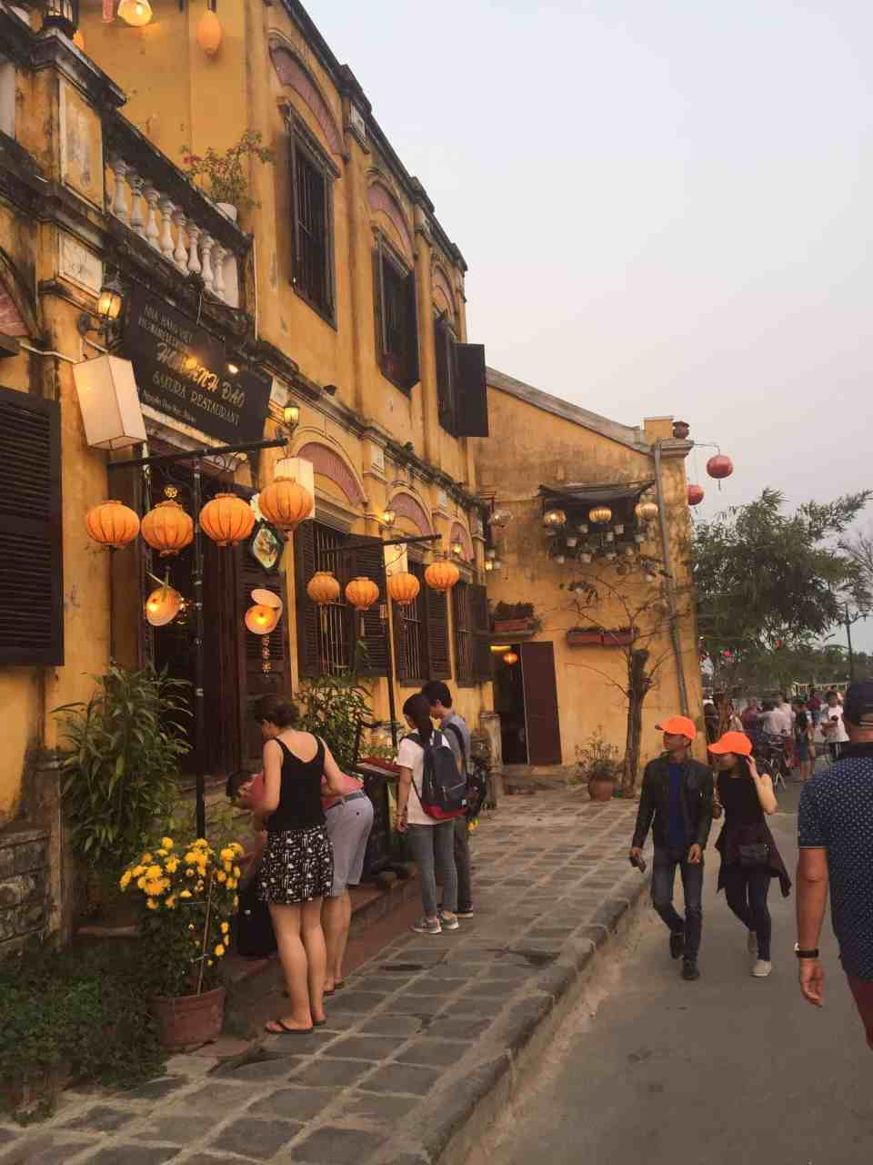 Tidlig aftenstemning i Hoi An City