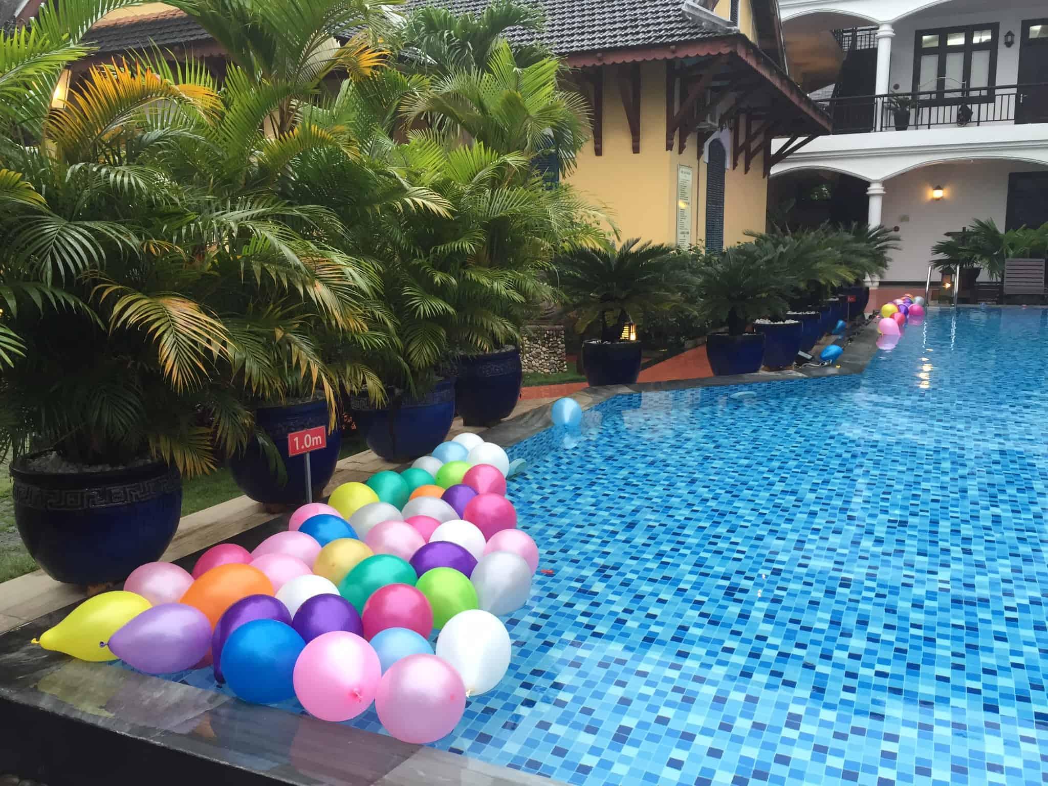Pool-party - sikke en sjov bryllupsfest