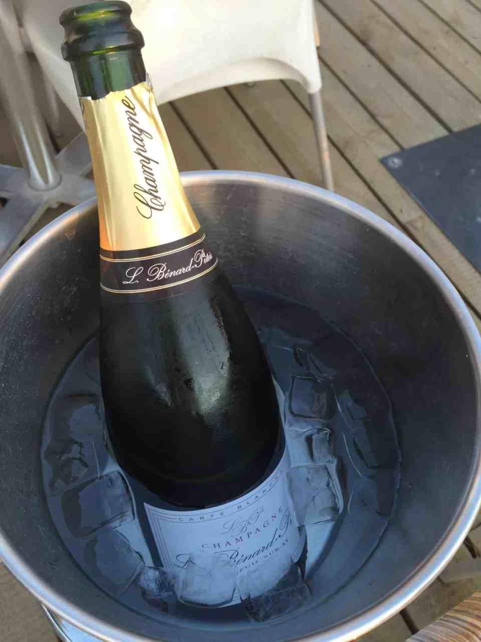 Dage på havet - ny plads - O G champagne!!!