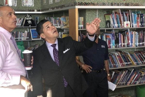 Chancellor Carranza points out maintenance work on ceiling of John Dewey H.S.