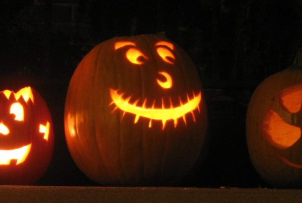 Row of Jack o'lanterns.