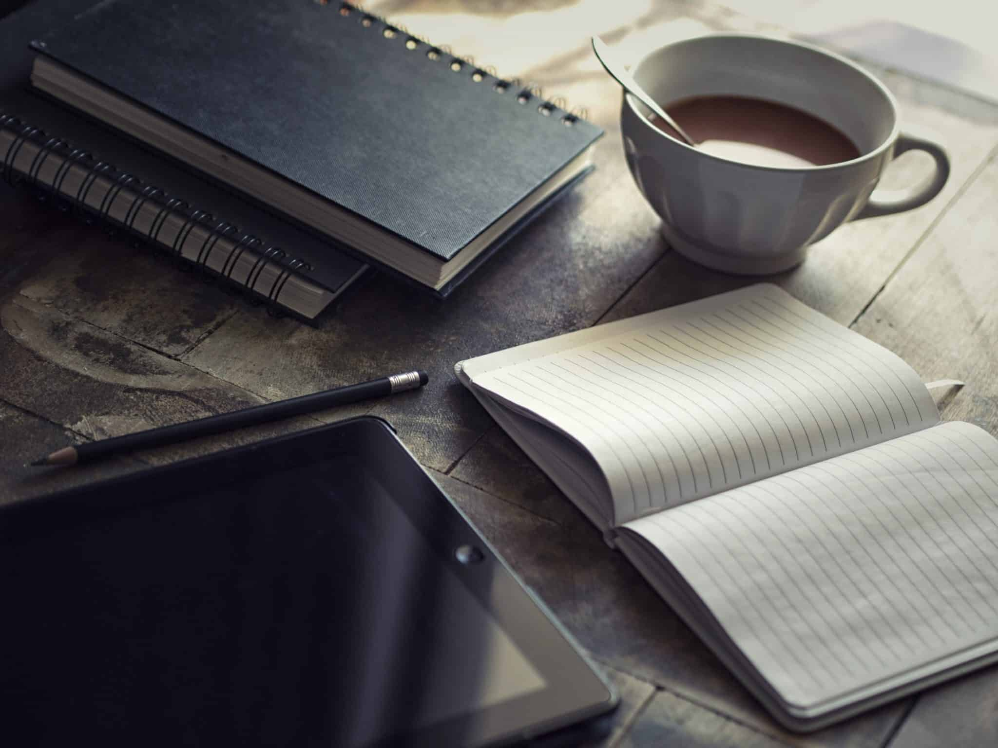 The Simple Guide To Writing A Blog That People Want To Read (And Could Make You Some Money Too)