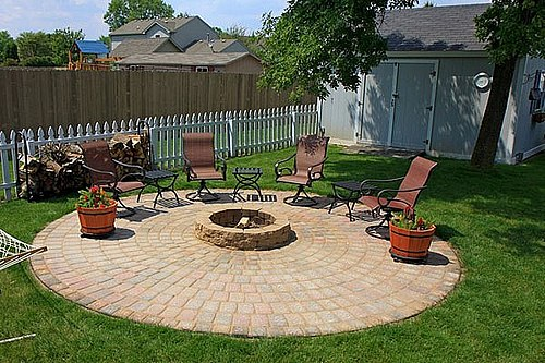 so you want a fire pit but youd like to have it in a nice patio area well i can understand that that is why we are sharing this awesome post - Patio Ideas With Fire Pit