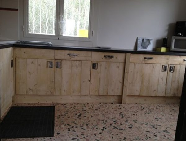 Superieur Pallet Wood Kitchen Cabinets