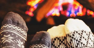 7 Best Warmest Winter Socks Reviews for Men, Women, and Kids