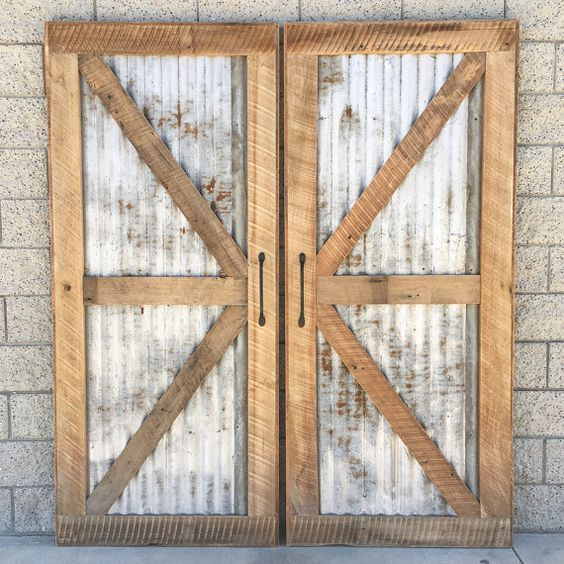 How to make your garage door look like wood 10